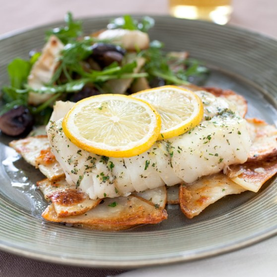 Lemon-Herb Cod with Crispy Garlic Potatoes